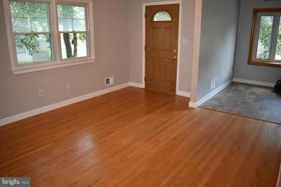 212 5TH AVE, BALTIMORE, MD 21227 - Photo 2