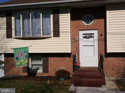 2112 WAYNE AVE, HARRISBURG, PA 17109 - Photo 2