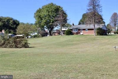 240 HOPEWELL AVE, MOUNT JACKSON, VA 22842 - Photo 1