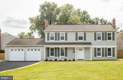 17212 BROWN RD, POOLESVILLE, MD 20837 - Photo 2