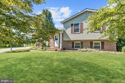 500 VENICE CT, WESTMINSTER, MD 21157 - Photo 1