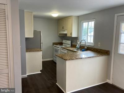 1703 COUNTRY CT, FREDERICK, MD 21702 - Photo 2