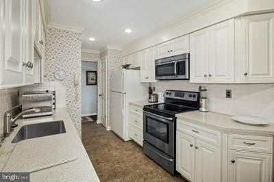 607 N HADDON AVE, HADDONFIELD, NJ 08033 - Photo 2