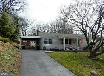 809 N PLUM ST, MEDIA, PA 19063 - Photo 2