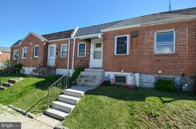 719 SHAW AVE, LANSDALE, PA 19446 - Photo 1