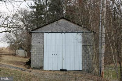 4251 CARLISLE RD, GARDNERS, PA 17324 - Photo 2