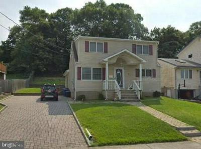 21 ROBINSON DR, LITTLE FALLS, NJ 07424 - Photo 1