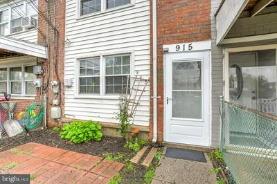 915 IMPERIAL CT, BALTIMORE, MD 21227 - Photo 2