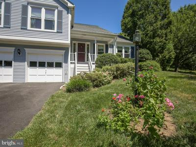 17328 PICKWICK DR, PURCELLVILLE, VA 20132 - Photo 2