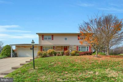 2212 DOVER RD, HARRISBURG, PA 17112 - Photo 1