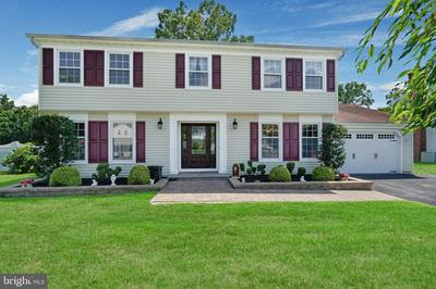241 CONSTITUTION AVE, TOMS RIVER, NJ 08753 - Photo 2