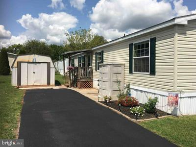 227 BERWICK RD, Abbottstown, PA 17301 - Photo 2