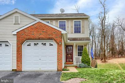 18 BEVERLY DR, MYERSTOWN, PA 17067 - Photo 1