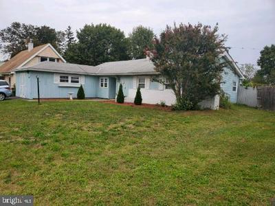 34 SUSSEX DR, WILLINGBORO, NJ 08046 - Photo 1