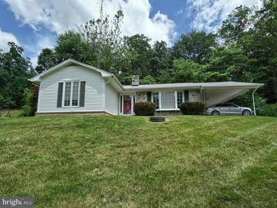 7633 DOLLYHYDE RD, MOUNT AIRY, MD 21771 - Photo 1