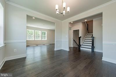 17086 OXLEY FARM RD, POOLESVILLE, MD 20837 - Photo 2