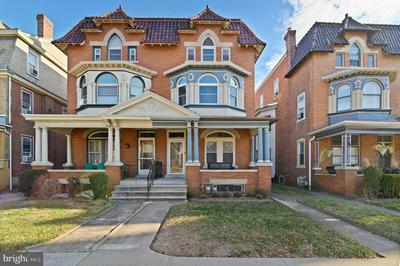 526 HAWS AVE, NORRISTOWN, PA 19401 - Photo 1