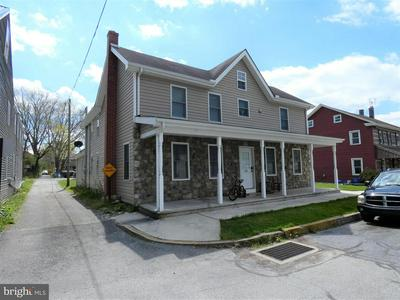 121 RACE ST, BAINBRIDGE, PA 17502 - Photo 2
