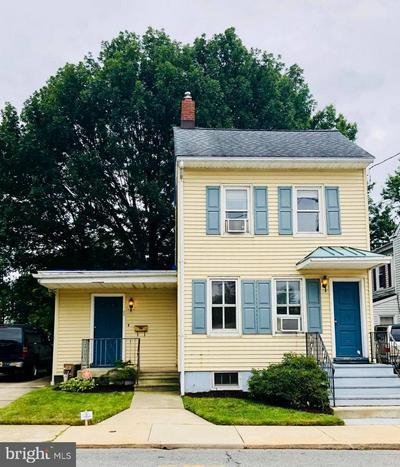 20 ANN ST, BORDENTOWN, NJ 08505 - Photo 1