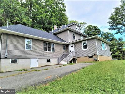 8 MOUNT HOPE RD, ROCKAWAY, NJ 07866 - Photo 2
