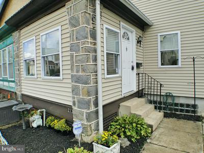 213 ASHBY RD, UPPER DARBY, PA 19082 - Photo 2