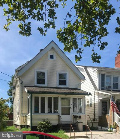 35 REEGER AVE, HAMILTON, NJ 08610 - Photo 1