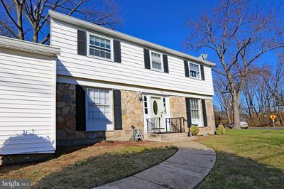 906 SOMERDALE RD, VOORHEES, NJ 08043 - Photo 2