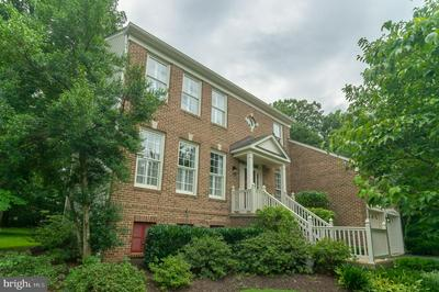 13105 ROCKPOINTE CT, CLIFTON, VA 20124 - Photo 1