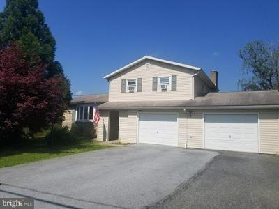 2570 SPRING RD, CARLISLE, PA 17013 - Photo 1