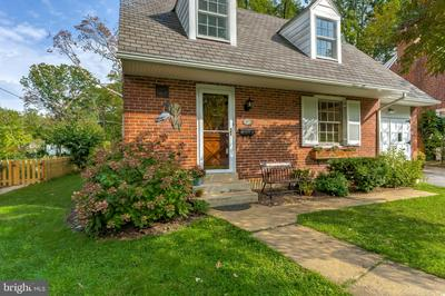 905 ADANA RD, BALTIMORE, MD 21208 - Photo 2