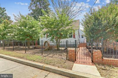 6613 OLIVER ST, RIVERDALE, MD 20737 - Photo 1