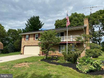 14431 BLACK ANGUS RD, HAGERSTOWN, MD 21742 - Photo 2