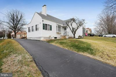 13212 CLUB RD, HAGERSTOWN, MD 21742 - Photo 1
