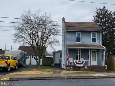 621 S UNION ST, MIDDLETOWN, PA 17057 - Photo 1