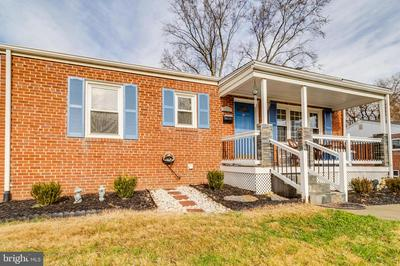3912 FAIRVIEW DR, FAIRFAX, VA 22031 - Photo 2