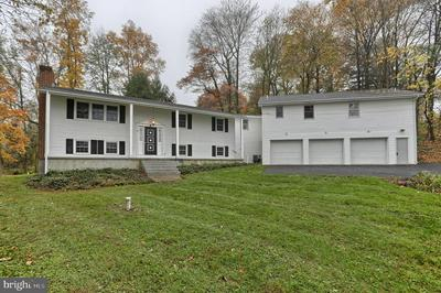 4170 ROUNDTOP RD, ELIZABETHTOWN, PA 17022 - Photo 1