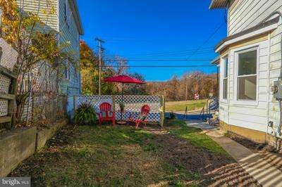 316 MORRIS ST, PHILLIPSBURG, NJ 08865 - Photo 2