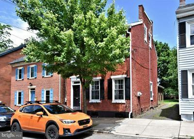 113 CHESTNUT ST, Pottstown, PA 19464 - Photo 2