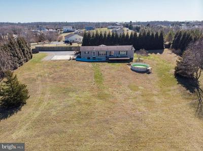 5929 HAGER RD, GREENCASTLE, PA 17225 - Photo 1