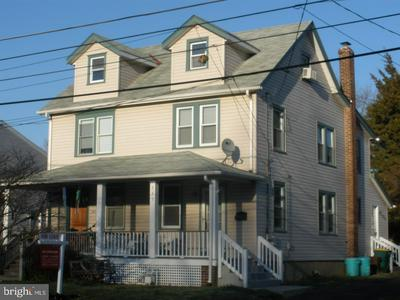 335 S LINCOLN AVE, NEWTOWN, PA 18940 - Photo 1