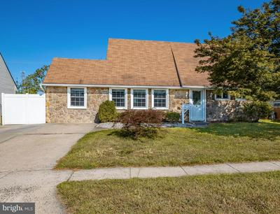 9 KENWOOD DR N, LEVITTOWN, PA 19055 - Photo 2