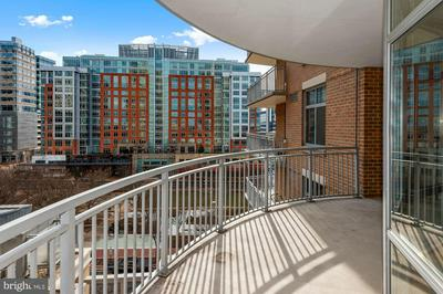 11990 MARKET ST UNIT 611, RESTON, VA 20190 - Photo 1