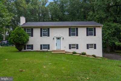 7906 COLONIAL LN, CLINTON, MD 20735 - Photo 1