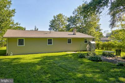 12 SMITH CT, SOUTHAMPTON, NJ 08088 - Photo 2