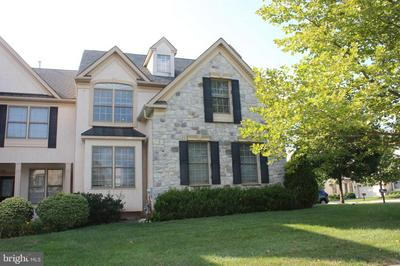 2405 VINCENT WAY, NORRISTOWN, PA 19401 - Photo 1
