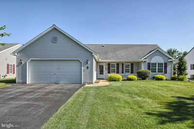 7 ROSEMONT DR, MYERSTOWN, PA 17067 - Photo 1