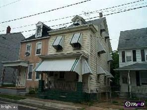 211 COOPER ST, BEVERLY, NJ 08010 - Photo 1