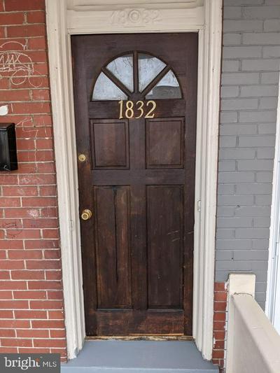 1832 CHESTNUT ST, HARRISBURG, PA 17104 - Photo 2