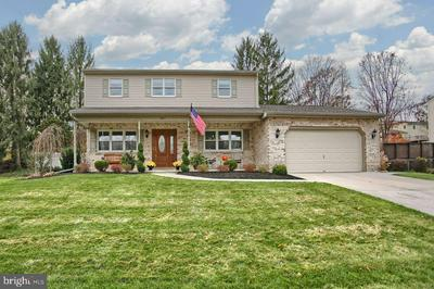 507 LAMP POST LN, CAMP HILL, PA 17011 - Photo 2