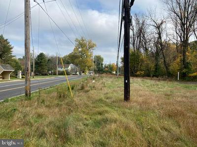 1135 TAYLORSVILLE RD, WASHINGTON CROSSING, PA 18977 - Photo 2